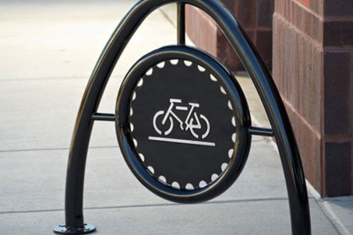 LBCBR2 - Arch Bike Rack in Powder Coated Steel with Standard Medallion
