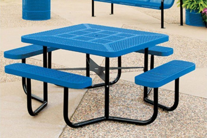 Rally Series Square Table