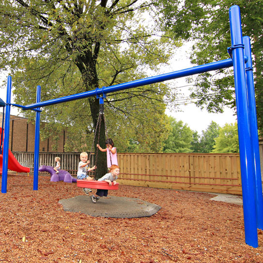 KidBuilders Tire Swing